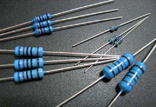 贴片电阻和插件电阻